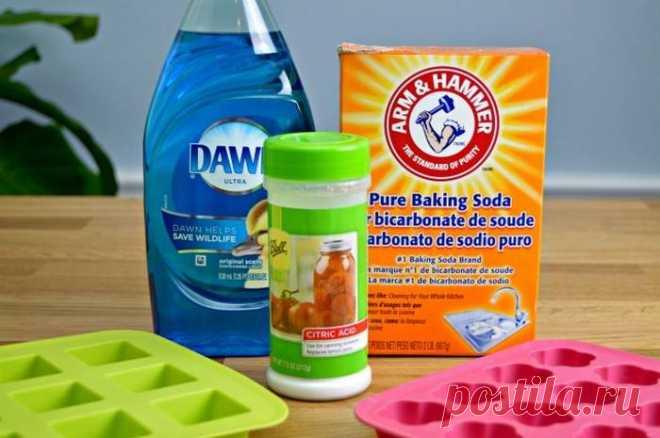 Операция «чистые руки»: как сделать «бомбы» для очистки и освежения туалета