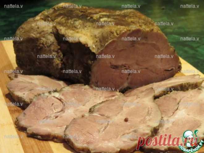 Сочное мясо в мультиварке | Свинина (мякоть без кости, окорок или шея) — 1,400 г== Лист лавровый — по вкусу== Чеснок — по вкусу== Специи (у меня: молотый пажитник, смесь перцев, кориандр, семена горчицы) — по вкусу== Соль — по вкусу