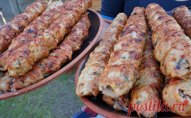 Кебаб из курицы по рецепту из Армении. Сочно и не сваливается