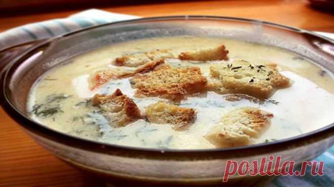 Очень вкусный сырный суп с гренками