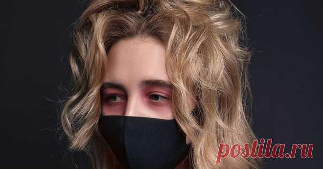 Женщины придумали неожиданный способ защиты от «китайского» коронавируса В Сети все более популярным становится видеоролик, в котором демонстрируется, как соорудить хирургическую маску из обычного старого бюстгальтера.