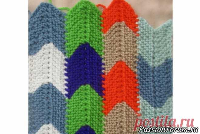 Уроки пэчворка. Полосочно-стыковочный способ. | Вязание спицами для начинающих   Вывязываем элементы пэчворка- ввиде лент,затем стыкуем их в ходе вязания.