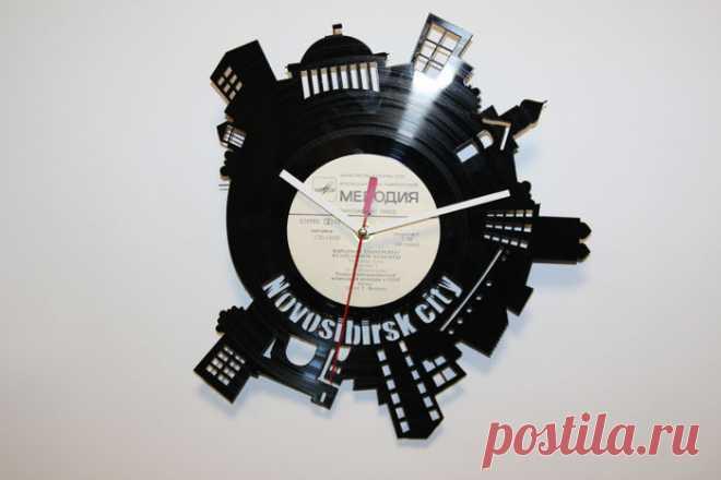 Часы из виниловой пластинки