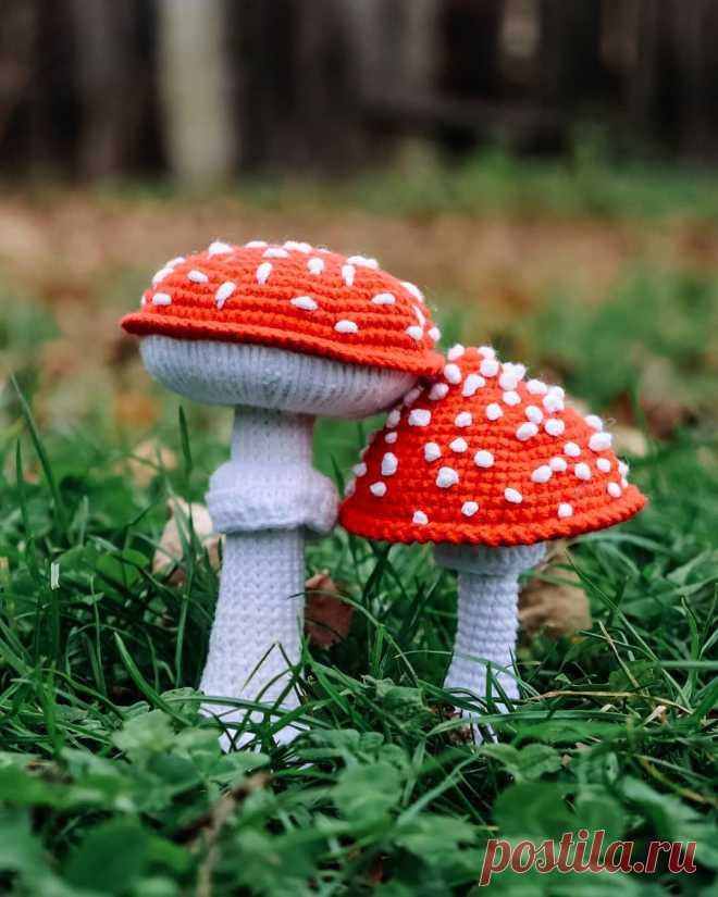 PDF Мухомор крючком. FREE crochet pattern; Аmigurumi toy patterns. Амигуруми схемы и описания на русском. Вязаные игрушки и поделки своими руками #amimore - маленький грибок, мухомор, поганка, грибы