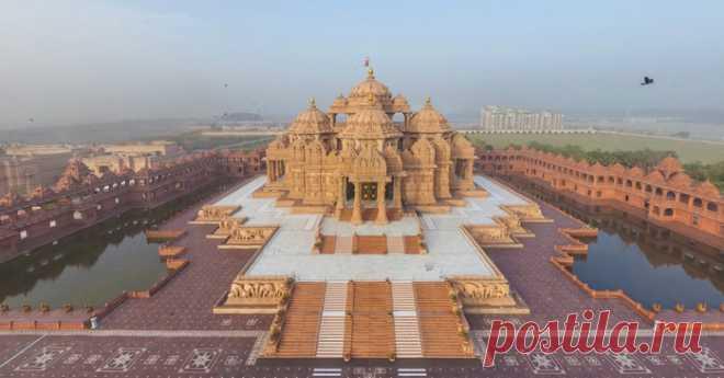 Дворец из волшебной сказки Индии