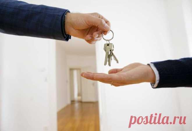 Как легально сдавать квартиру и платить минимум налогов В пп.4 п.3 ст.208 НК РФ прописана необходимость оплачивать налоги при сдаче недвижимости в аренду. Собственник заключает договор аренды ...