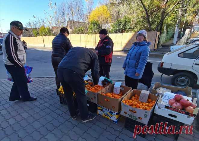 Горничная в южном отеле научила меня, как отличить мандарины из Абхазии от турецких. Приехал домой и пользуюсь её советами | Зоркий | Яндекс Дзен