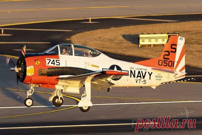 Фото North American Trojan (N745W) ✈ FlightAware