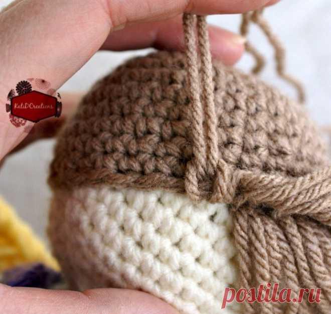 Прическа вязаной куколке: мастер-класс