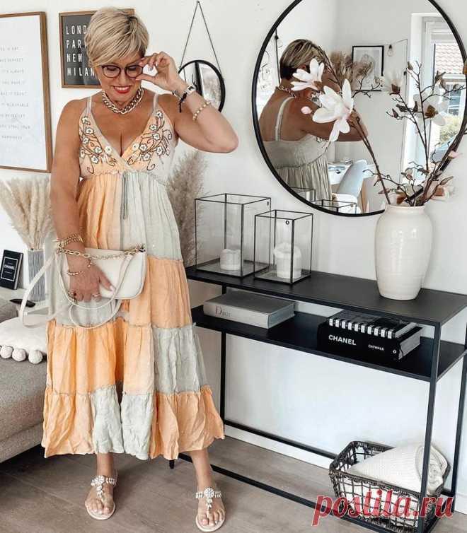Модные тренды лета 2021 для дам старше 40 лет: 30 способов показать себя во всей красе Модные тренды лета 2021 для дам старше 40 лет: 30 способов показать себя во всей красе Выглядеть свежо и молодо хочется каждой женщине, особенно в летнее время года, когда можно показать себя во всей ...
