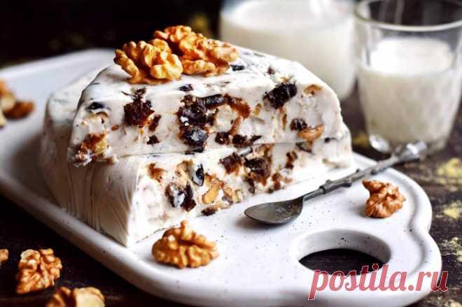 Десерт из чернослива и орехов - воздушный и освежающий