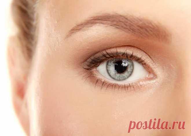Почему чешутся, краснеют и слезятся глаза: основные причины и лечение   Здравствуйте! Зуд глаз— явление не редкое, важно вовремя от него избавиться. Постараемся найти методы устранения этой неприятности, ответить на вопрос— почему чешутся глаза? Органы зрения— в опас…
