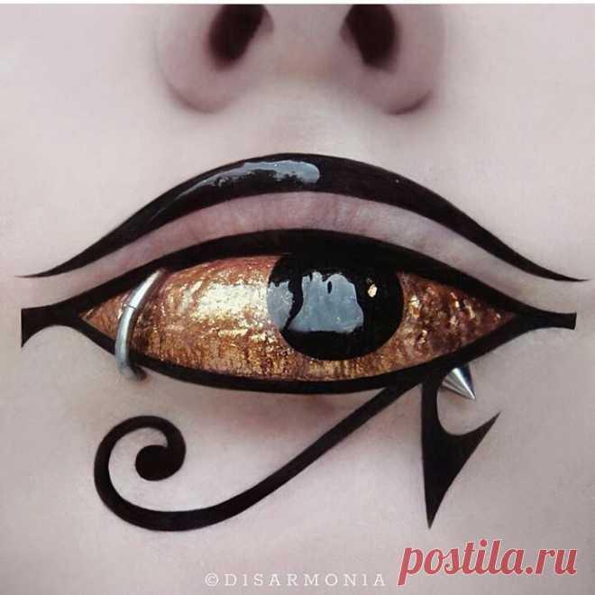 @gothicdreamers в Instagram: «🔥🔥🔥by:@d1sarmon1a #makeup #goalsmakeup #aesthetic #aesthetics #eyeliner #piercing #instagoth #egyptian #ancient #horus #eyeofhorus #gold…» 1,101 отметок «Нравится», 11 комментариев — @gothicdreamers в Instagram: «🔥🔥🔥by:@d1sarmon1a #makeup #goalsmakeup #aesthetic #aesthetics #eyeliner #piercing #instagoth…»