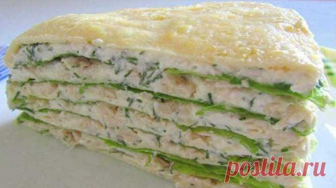 Proteinaceous cake with chicken