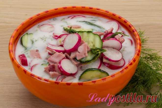 Окрошка на сметане – 7 вариаций холодного летнего супа Как готовить окрошку на сметане? Подборка пошаговых рецептов с советами и фото расскажет, как сделать летний холодный суп на сметане различными способами.