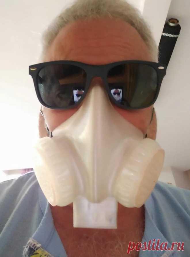 Защитная маска с активной вентиляцией Масочный режим введен во многих странах мира и Испания, где проживает автор этой самоделки, не исключение. Одновременно с этим многие говорят о небезопасности ношения маски, а некоторым людям они противопоказаны из-за медицинских показаний, т.к. маски затрудняют дыхание. В этой статье мастер