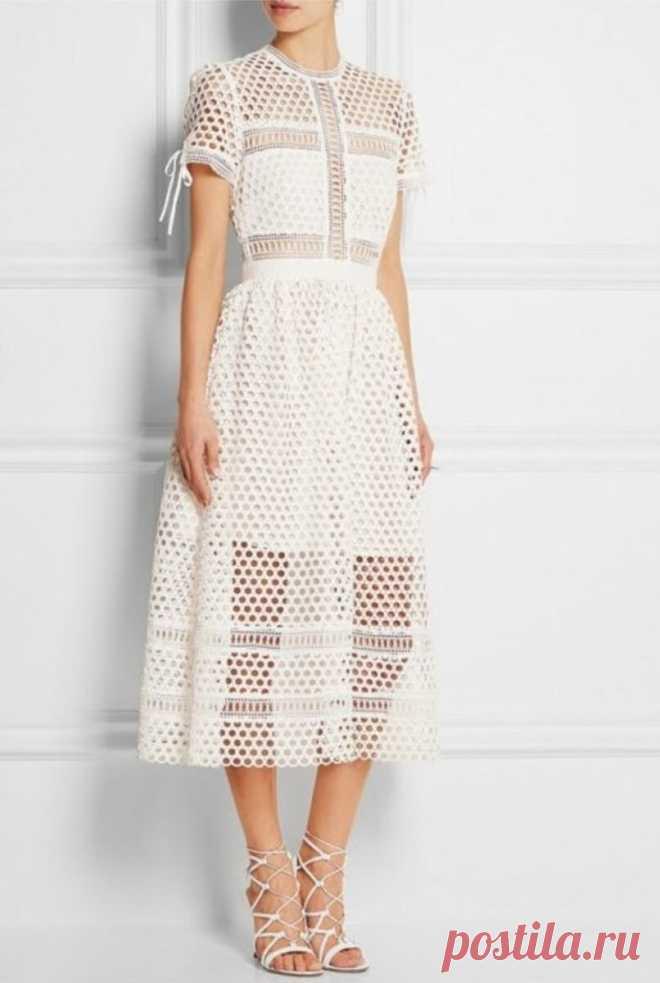 Три вдохновляющих модели ажурных платьев крючком с подбором схем. | Asha. Вязание и дизайн.🌶 | Яндекс Дзен
