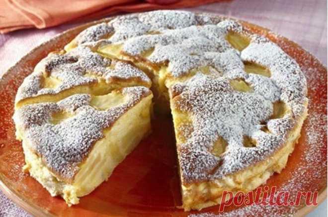 Сестра, живущая в Италии, поделилась традиционным рецептом пирога с яблоками: напоминает шарлотку, но вкуснее