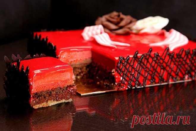 Муссовый торт с пралине и баварским кремом на день рождения - ингредиенты, пошаговый рецепт, фото