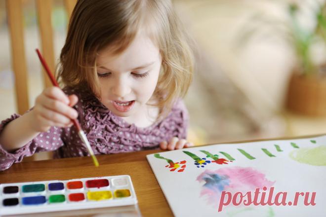 Как научить ребенка рисовать прямые линии: два упражнения | Игры с детьми от года до семи | Яндекс Дзен