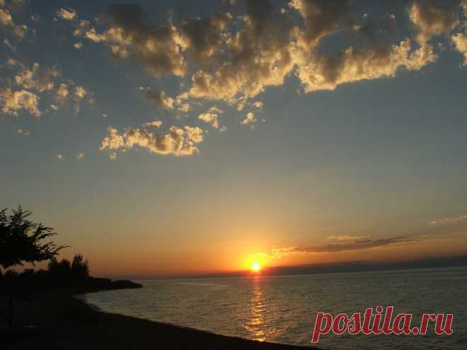 Чудный закат. Иссык-Куль. Южный берег. Каджи-Сай. (4)