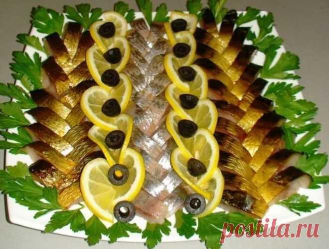 Как оформить рыбную нарезку. Предлагаем вам варианты оригинальной рыбной нарезки Оформление нарезки — это финальные штрихи праздничного стола. Ну а как без них!? Как оформить рыбную нарезку. Предлагаем вам варианты оригинальной рыбной нарезки