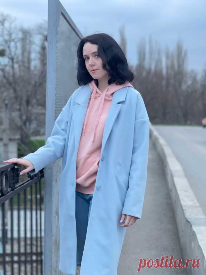 В Крыму цветут деревья и пахнет весной. Я вдохновилась пейзажами и составила образ из одежды в нежных оттенках. Покажу фото Весна — моё любимое время года, особенно, когда на улице уже тепло, на деревьях появляется молодая листва, а вокруг всё цветёт. Обычно это происходит в апреле. У нас всё ещё никак не потеплеет, даже в Москве лучше погода, чем в Крыму. Здесь то дожди идут, то температура выше +10 не поднимается. Я не могу понять, […] Читай дальше на сайте. Жми подробнее ➡