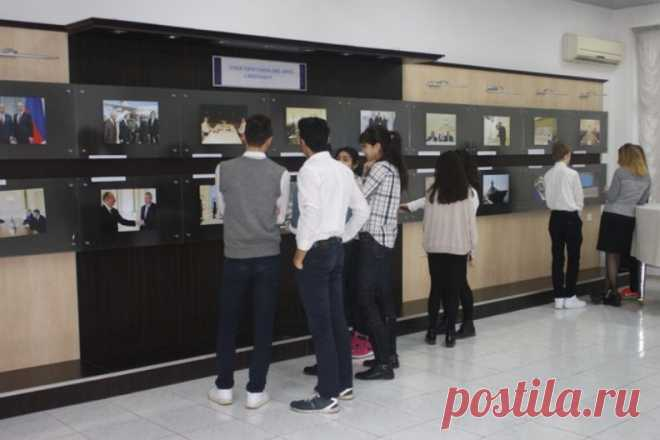В Баку открылась фотовыставка, посвященная уроженцам Азербайджана, добившимся успеха в России | Общество