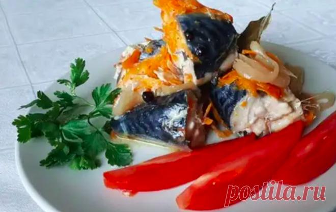 Скумбрия с овощами в духовке Скумбрия с овощами в банке и в духовке— надежный способ приготовления рыбы с собственном соку