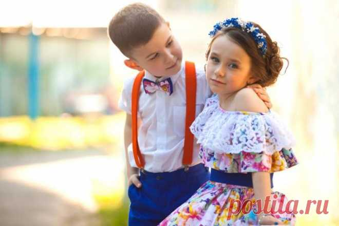 Если ребенок настойчиво лезет ко всем обниматься… Мы привыкли радоваться детским «обнимашкам» и всецело их поддерживаем.Учим детей быть эмоциональными — разрешаем радоваться, смеяться, целовать, но запрещаем плакать. Только и слышно с детской площадк...