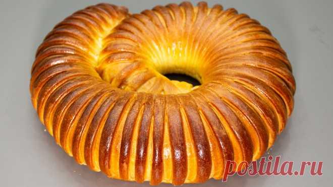 """Готовлю простой пирог """"Улитка"""": меняя начинки, можно делать хоть каждый день  новый пирог! А главное - его очень легко готовить! Не смотря на то, что тесто пирога достаточно простое в приготовлении, пирог получается очень нежным и вкусным. Пирог """"улиткой"""", или """"""""улитка"""". Готовится пирог достаточно просто, а съедается еще проще. По этому рецепту можно испечь пирог как с начинкой из яблок, так и с другими ягодами или фруктами. В качестве начинки можно использов…"""