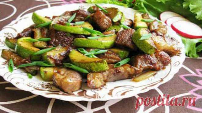 Очень вкусная свинина с кабачками — быстро и просто