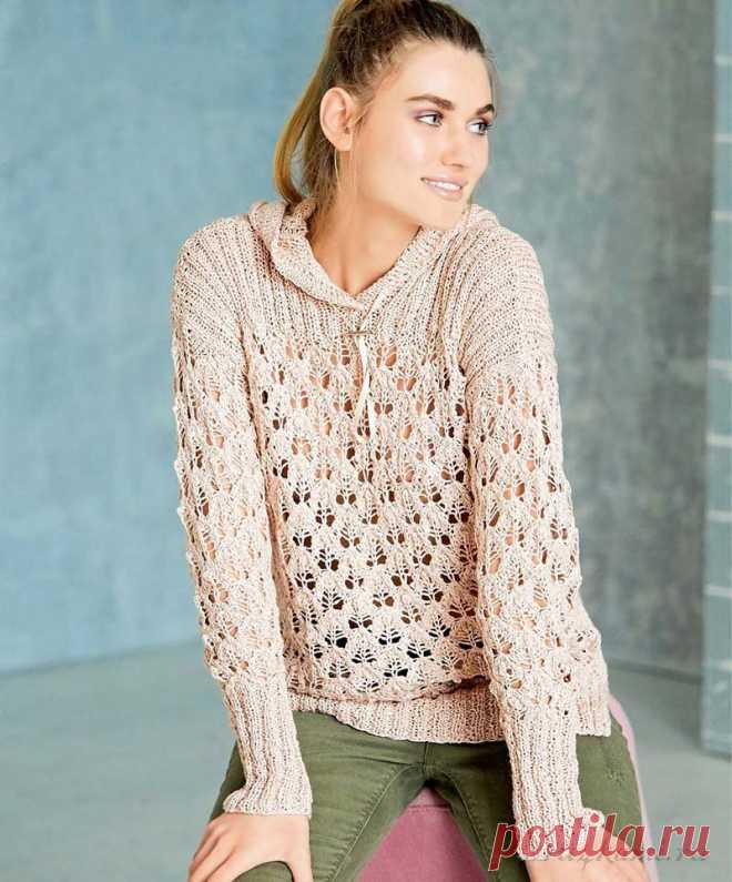 Очаровательный Ажурный пуловер спицами выполненный с капюшоном. Полувер для теплого дня красивый и женственный.