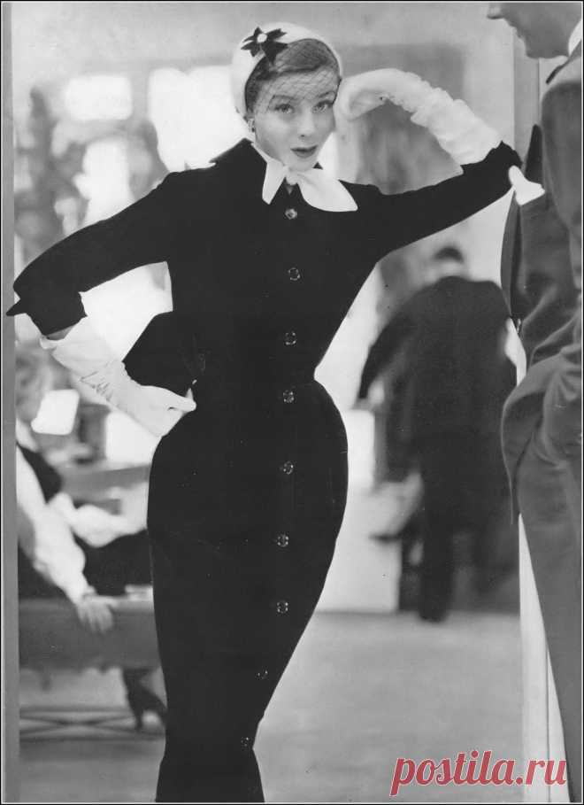 Bettina, photo by Frances McLaughlin, Vogue, August 15, 1950