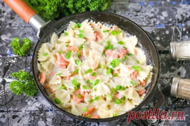 Паста с красной рыбой (семгой) в сливочном соусе - рецепт с фото