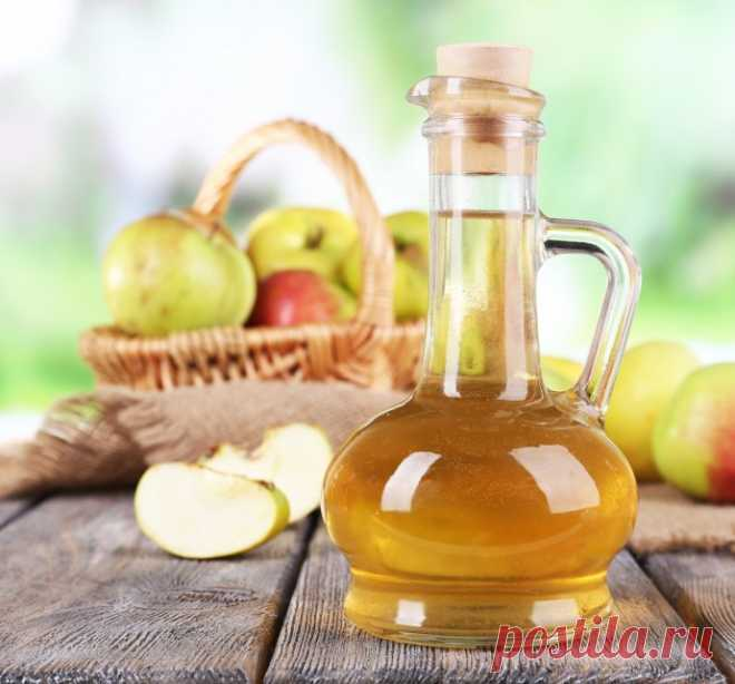 Application of apple cider vinegar for care of appearance