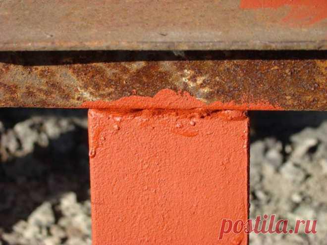 ОКРАСКА МЕТАЛЛА ПО РЖАВЧИНЕ: ГЛАВНЫЕ ПРАВИЛА            Одно из основных условий качественной окраски, в том числе и антикоррозионной – это тщательная подготовка поверхности под покрытие. Но зачистить и подготовить металлическую поверхность, пок…