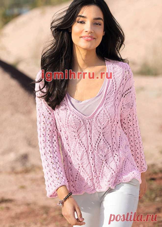 Современная романтика. Розовый пуловер с сочетанием узоров. Вязание спицами
