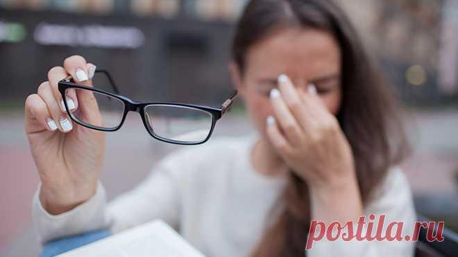 Женщине после 40 лет витамин В12 нужен как воздух! 14 тревожных признаков нехватки витамина Женщине после 40 лет витамин В12 нужен как воздух! 14 тревожных признаков нехватки витамина Факт: 4 % женщин в возрасте от 40 до 60 лет страдают от дефицита витамина B12, а еще больший процент представительниц прекрасного пола игнорирует тревожные симптомы его нехватки. Хотите иметь красивые волосы, здоровую кожу и устойчивую нервную систему? Тогда читайте эту статью. Дефицитвитами...