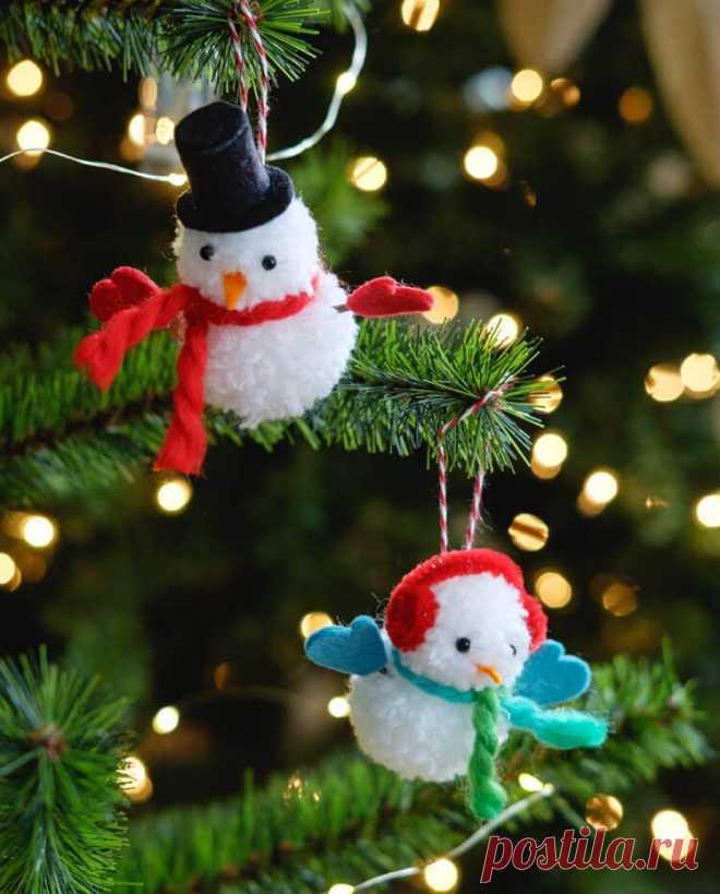 Как сделать снеговика из помпонов — Сделай сам, идеи для творчества - DIY Ideas