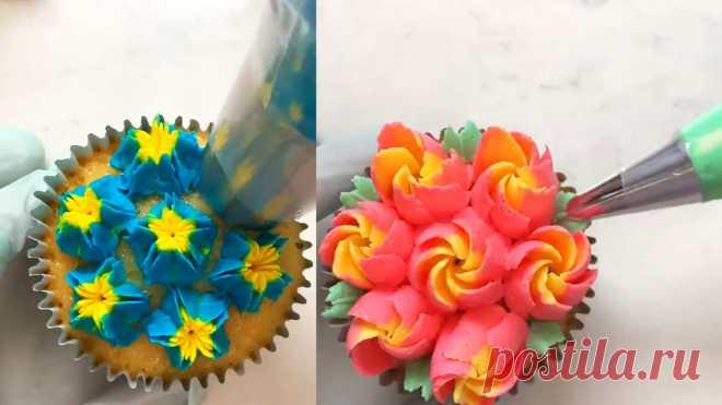 Показываю 2 способа как делать разноцветные цветочки из крема: это должен знать каждый кондитер