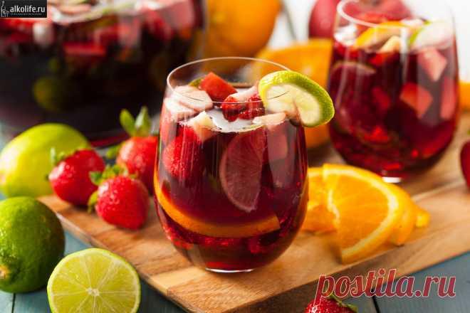 Sangriya: la receta clásica en las condiciones de casa de Sangriya – el alcohol fácil español que ha adquirido la popularidad mundial en el siglo 19. Hasta hoy día mejor sangriey se considera aquella que es preparada en casa.