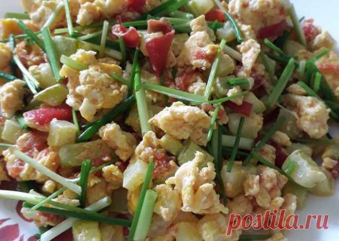 (3) ПП-завтрак скрэмбл с кабачком и помидорами - пошаговый рецепт с фото. Автор рецепта Надежда . - Cookpad