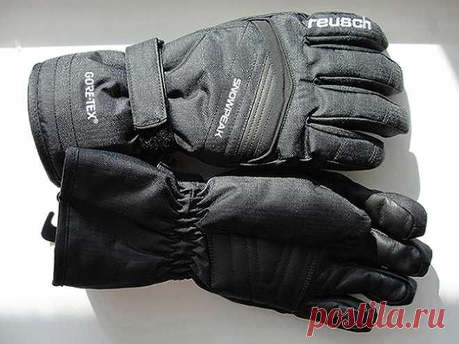Горнолыжные перчатки Reusch Snow Peak GTX http://sportuno.com.ua/24-Gornolyzhnye-perchatki-Reusch-Snow-Peak-GTX.html