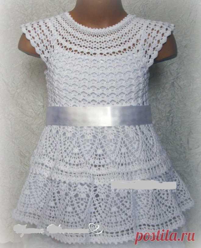 как связать платье снежинка для девочки крючком схема и описание