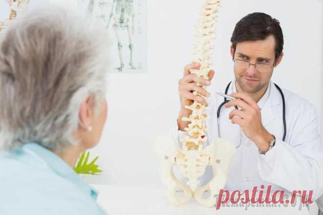 7 важных мер для предотвращения остеопороза Не зря остеопороз называют «тихой болезнью». Большинство людей не знают, что у них остеопороз до тех пор, пока их кости становятся настолько хрупкими, что начинают ломаться. Сценарий развития болезни ...