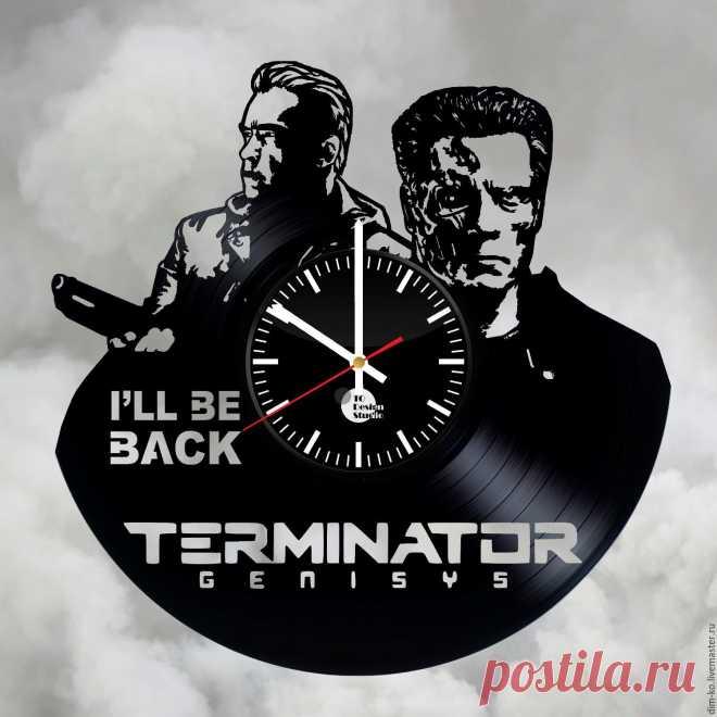 Часы настенные TERMINATOR – купить в интернет-магазине на Ярмарке Мастеров с доставкой Часы настенные TERMINATOR - купить или заказать в интернет-магазине на Ярмарке Мастеров | Часы изготовлены из старых виниловых пластинок.