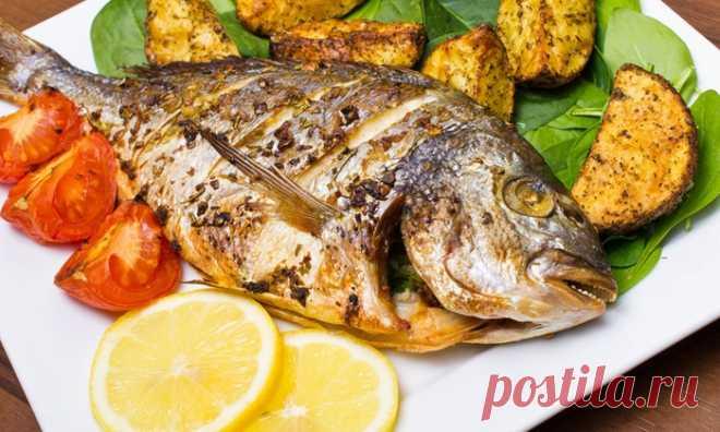 5 причин, почему мы должны начать есть рыбу - Советы и Рецепты Многие люди привыкли воспринимать рыбу как важный продукт питания. Самая разная рыба и рыбные продукты регулярно входят в наш рацион. Представить грамотно составленное еженедельное меню без рыбы сложно. Польза рыбы была отмечена еще много веков назад, так к нам пришла традиция – один день в неделю обязательно употреблять рыбу (знаменитый «рыбный день») В чем конкретно …