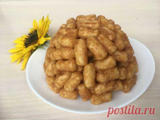 Рецепт торта «Муравейник» из кукурузных палочек на детский праздник