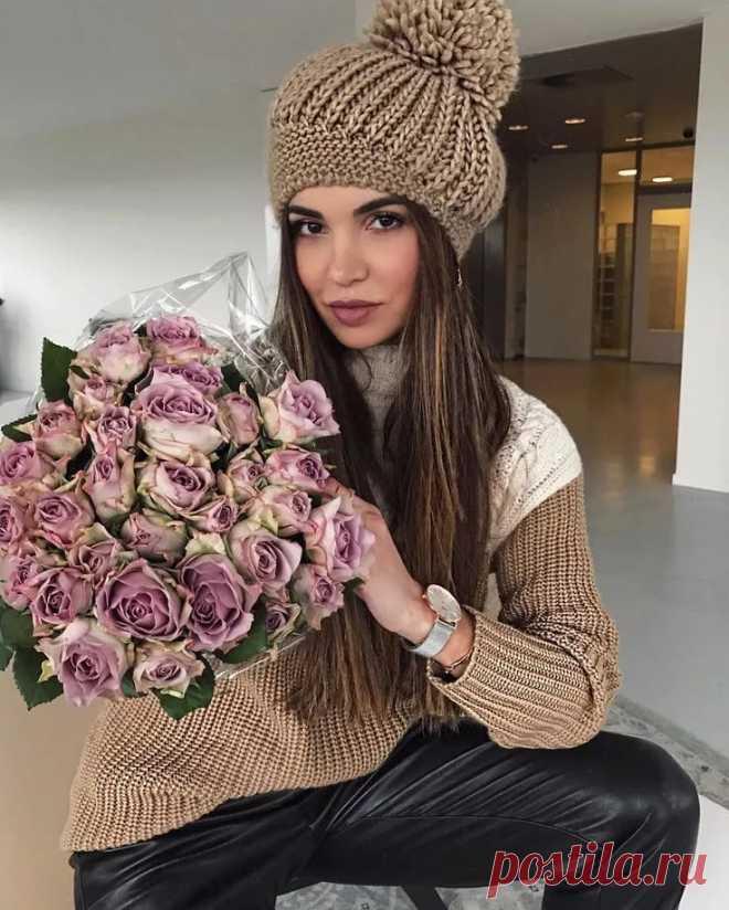 Красивая и ультрамодная шапка-берет спицами – БУДЬ В ТЕМЕ